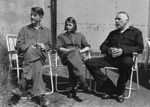 Richard Burton (r) taking a break with John Hurt (l) and Suzanna Hamilton